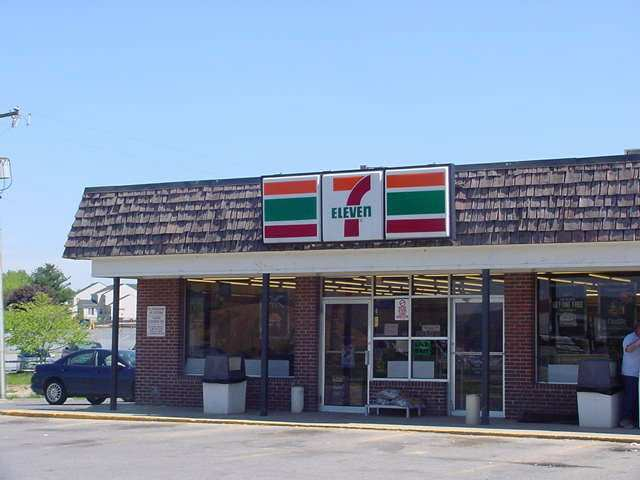 7 11 Welcome to 7-eleven hawaii, your neighborhood store rooted within 64 neighborhoods across o'ahu and the neighbor islands, we are hawai'i's.
