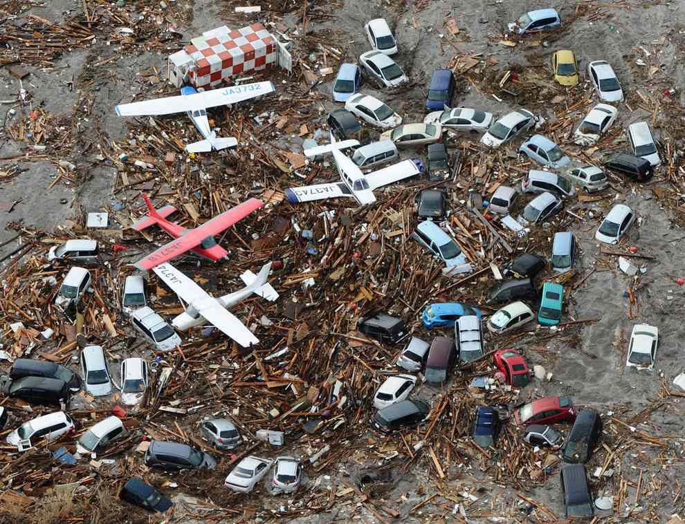 Japan Planes and Cars after Tsunami
