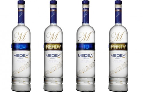 Medea Customizable Bottle Lable