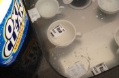 OxyClean Removes Labels from Dishes