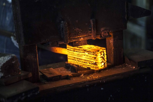 Damascus Billet in a Hydraulic Press