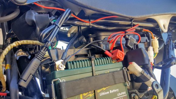 12V USB Charger on Hawk 250 Wired to Battery